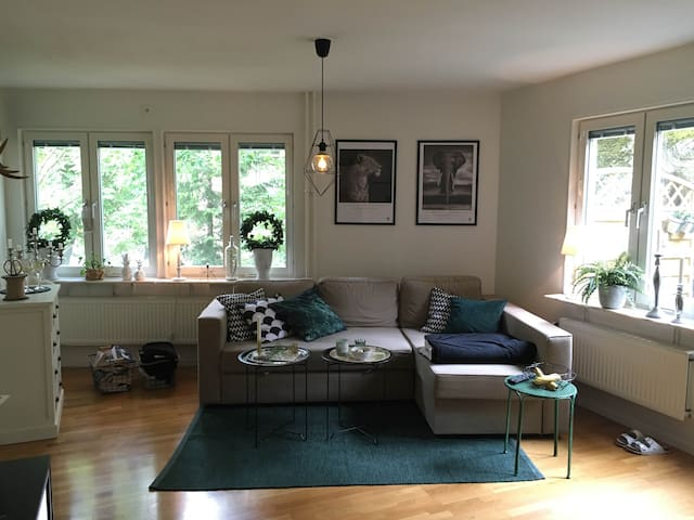 Two room apartment with patio in Midsommarkransen - Stockholm - Appartement