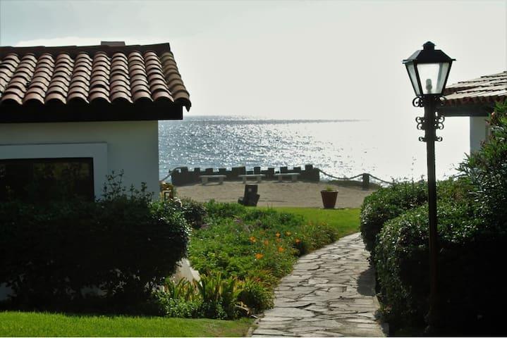 Dream Vacation Rosarito 1
