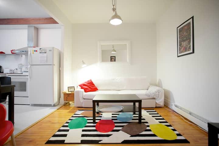 Near 3 Metros-Vibrant appartement