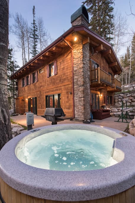Exterior with hot tub