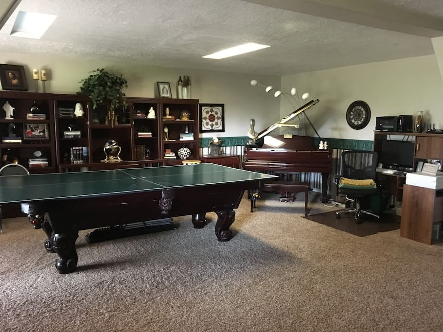 Ping pong, pool & piano
