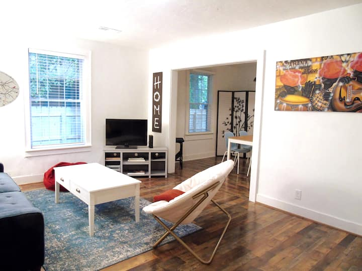 NEW! Affordable & 10 mins to Downtown Charleston!