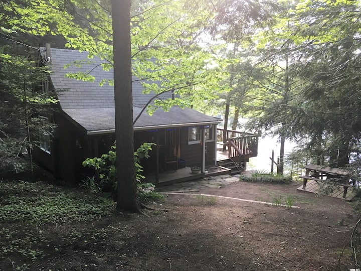 Tranquility Bay Cottage...Muskoka's hidden gem