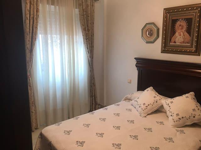 Precioso piso por días en sevilla 2 Hab  y salón