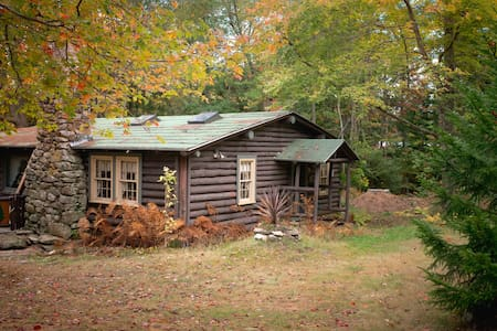 Quaint, rustic 100 year old cabin, Sprucewold, BBH - Boothbay Harbor - Cabin
