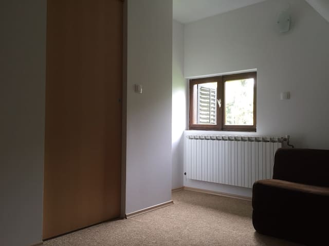 Small upstairs bedroom