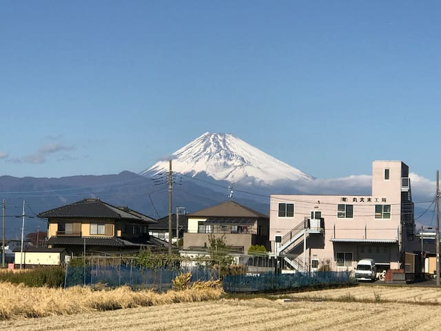 D NEWLY BUILD HOUSE & MOUNT FUJI WITHIN SIGHT