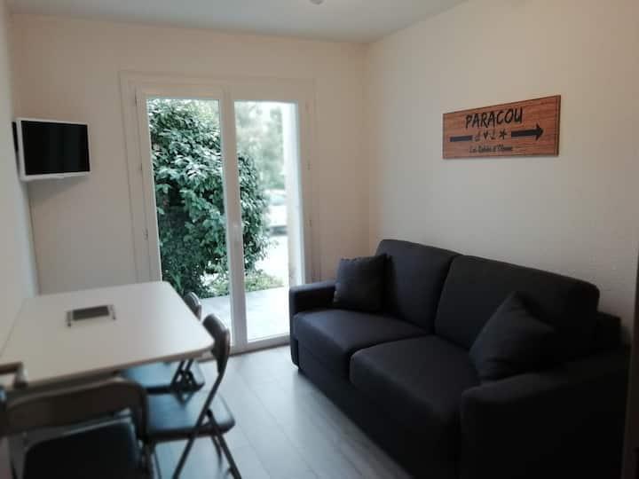 Agréable studio avec terrasse au Port Olonna