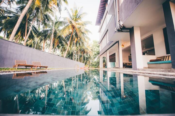 Jasper House Hiriketiya Poolside 2 - Matara - Bed & Breakfast