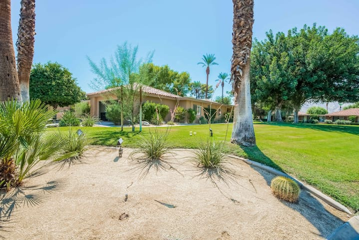 Cool Rancho Mirage Ca Oasis w/View - Rancho Mirage - Apartment