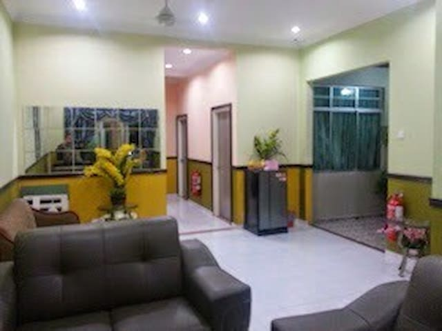 Cozy Guesthouse at MITC Malacca for