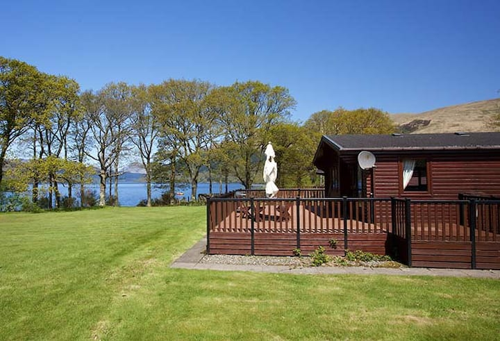 Luxury 5 * lodge on the Banks of Loch Lomond