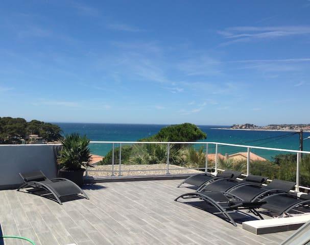 T3 toit terrasse, Vue imprenable baie de Bandol - Sanary-sur-Mer - Lägenhet