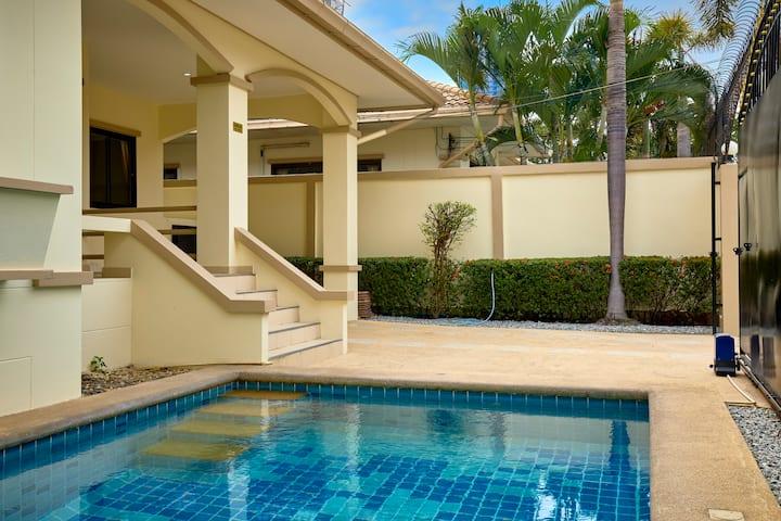 Best Value Pool Villa,3 bedrooms!!
