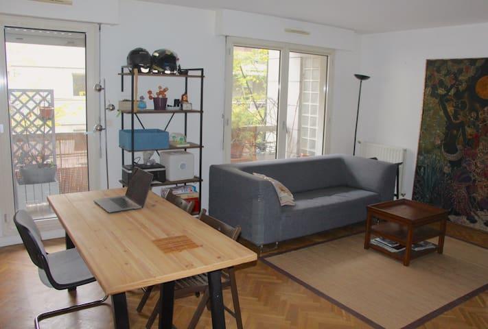 Chambre dans grand appartement quartier Bercy