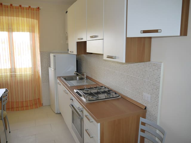2 locali + servizi arredato - Inverigo - Apartamento