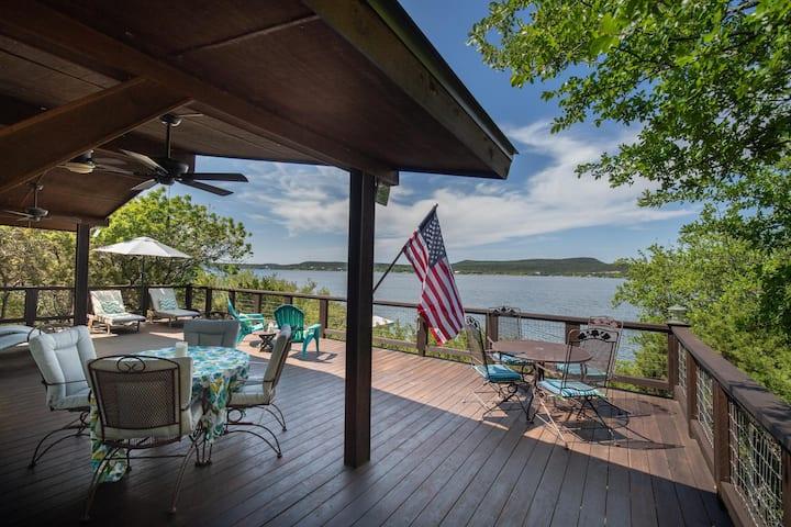 Cross Timbers: Stunning Views!  Enchanting Peninsula Lakefront Home with Dock, Kayaks, Hiking!