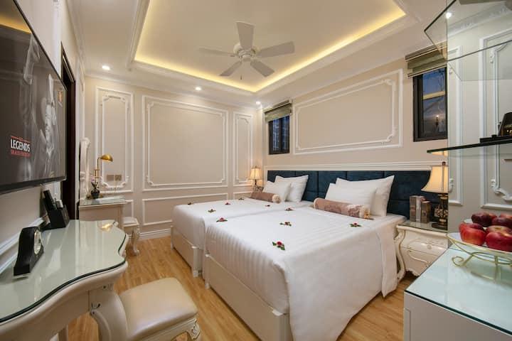 Cozy room near by Hoan Kiem lake