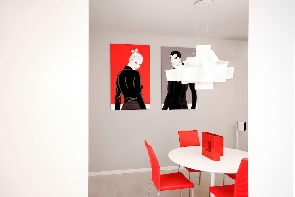 Dining Room / Zona Pranzo