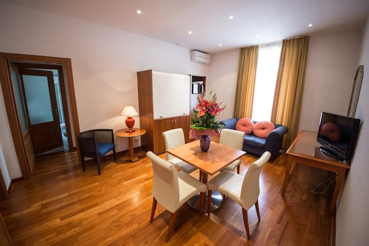 ResidenceVictoria for 2