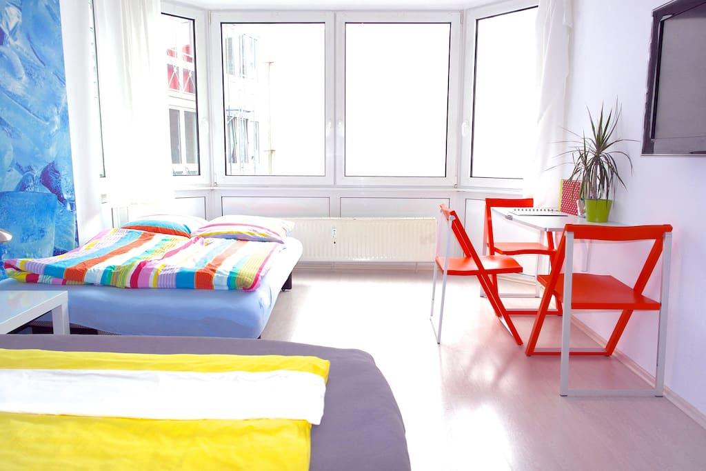 cityapartment mit wasserbett wohnungen zur miete in k ln nordrhein westfalen deutschland. Black Bedroom Furniture Sets. Home Design Ideas