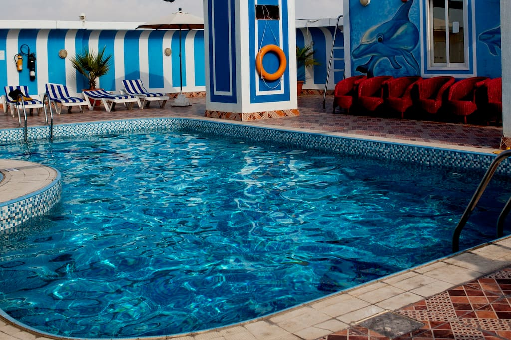 Rooftop Outdoor Swimming Pool