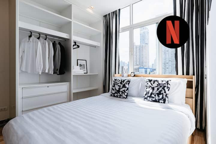 ★Next To BTS★1BR w/Pool & Sunbathing+Free Cleaning