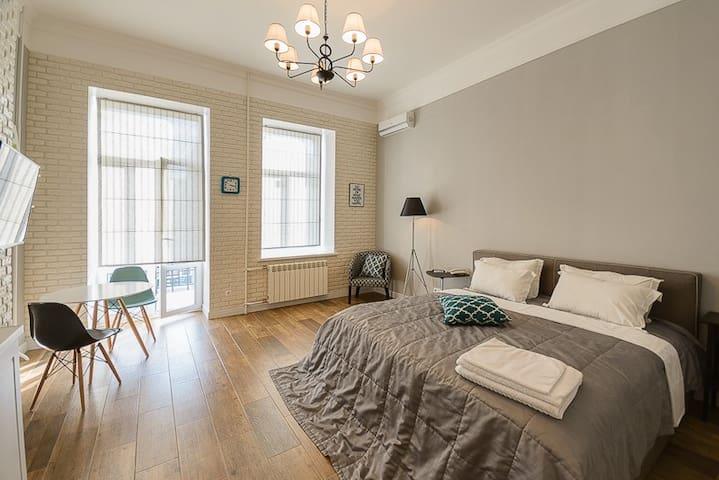 Cовременные апартаменты-студио с видом ID189