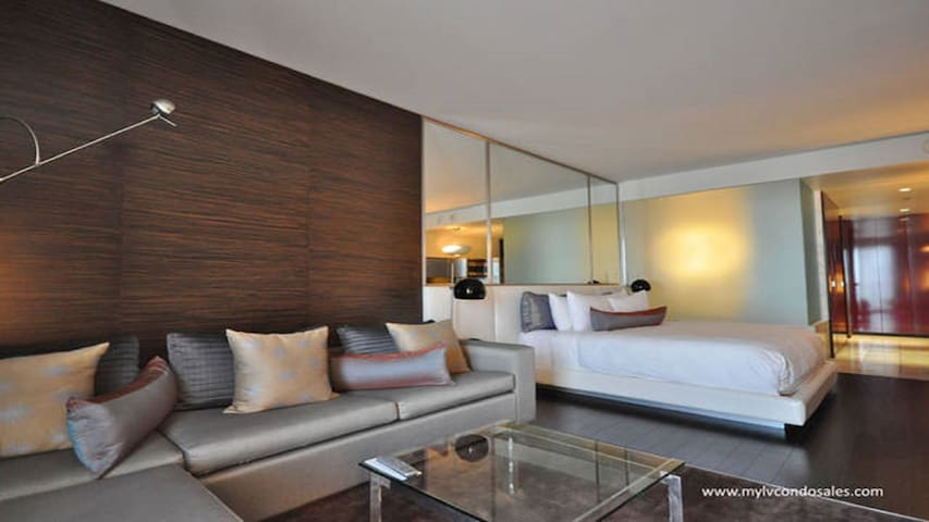 Beautiful Suite 33rd Floor with Balcony - Las Vegas - Társasház