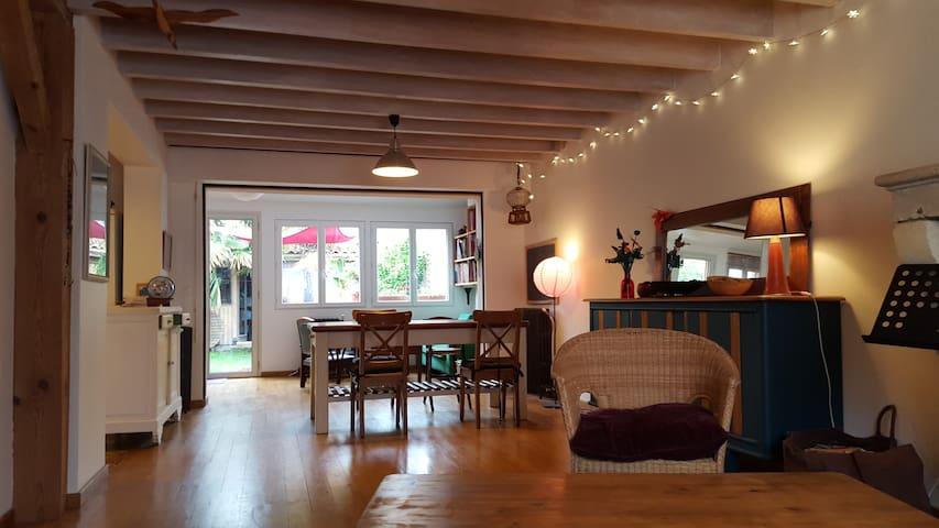 Maison d'été proche Bordeaux - Talence - Dům
