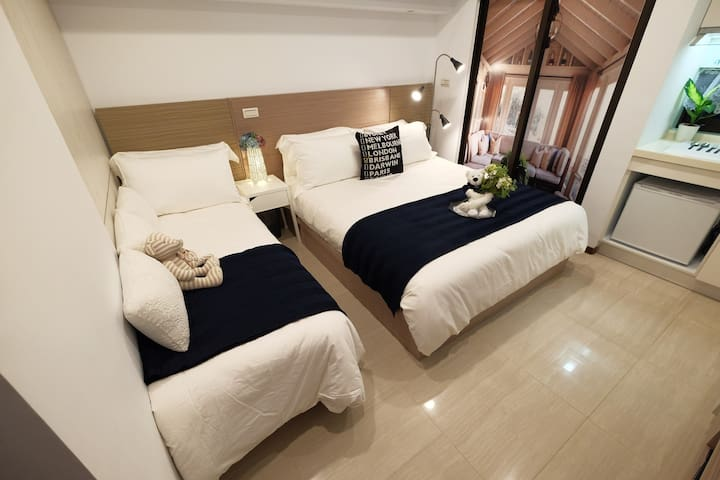 New BUILT! Luxury Studio near Ximending 2-3 ☺