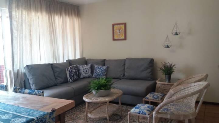 Apartamento 30 metros do mar de Caioba