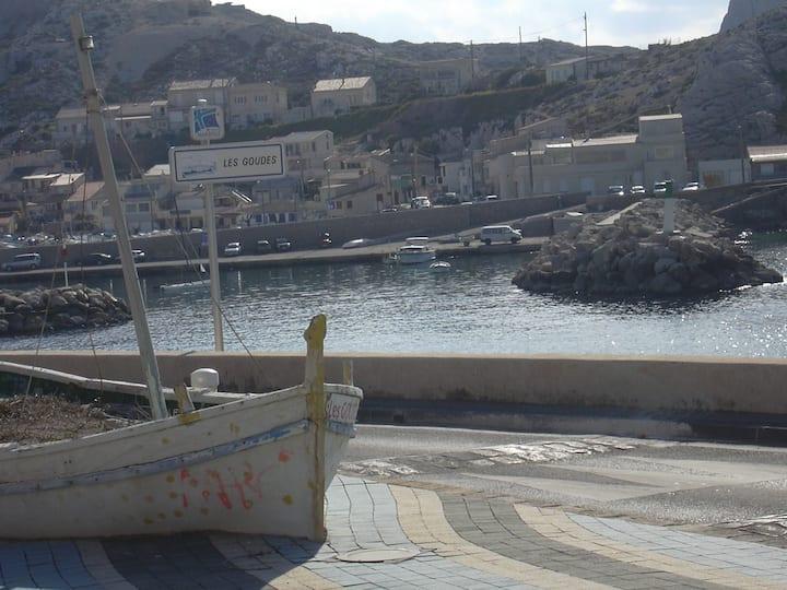 maisonnette typique provençale de pêcheur