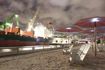 Toronto's new Sugar Beach, clubs and boardwalk - just ten minute's from my door!