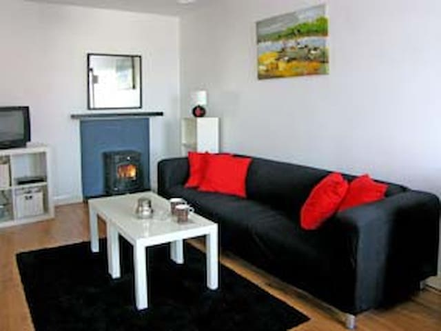 Super 2 bedroom Clonbur apartment   - Galway - Lägenhet