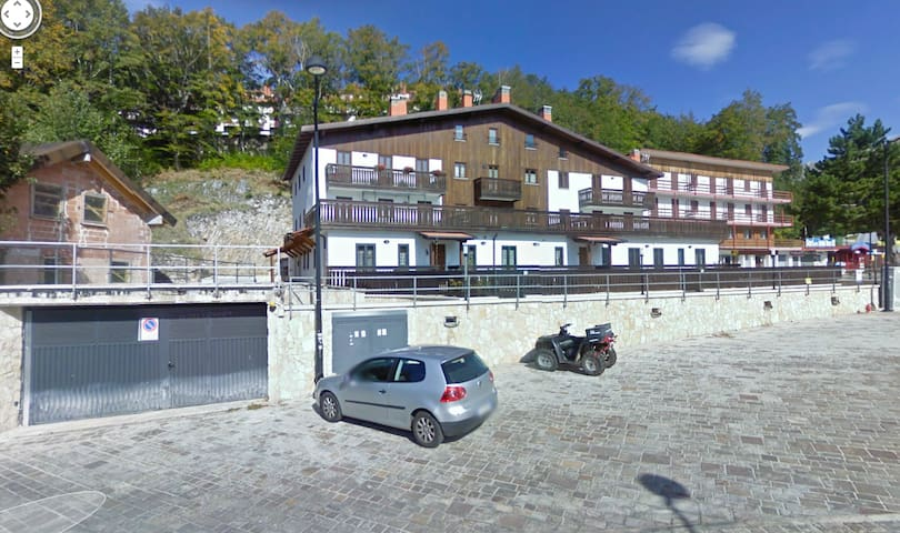 Central apartment near the ski lifts - Terminillo - Appartement