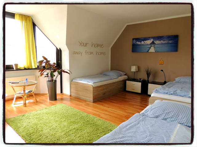 Airport Fair Apartment full equiped - Ratingen - Apartmen