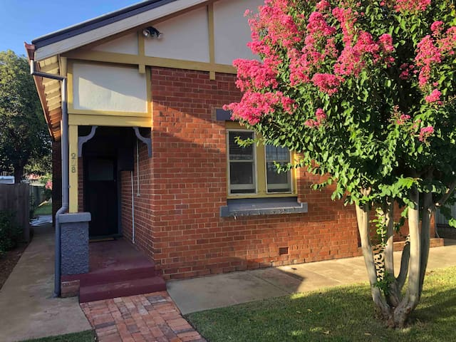 Guest Room in Central Wagga