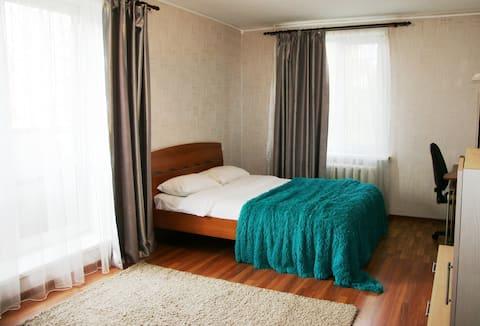 Apartment Hotel, Paris Commune 50
