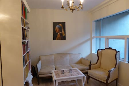 Classic g/floor apartment w/terrass - Kopenhagen
