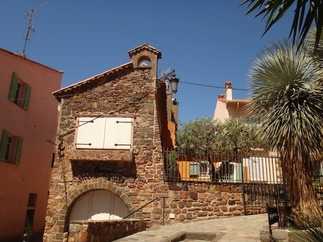 Live in heart of Saint Raphael's historical center