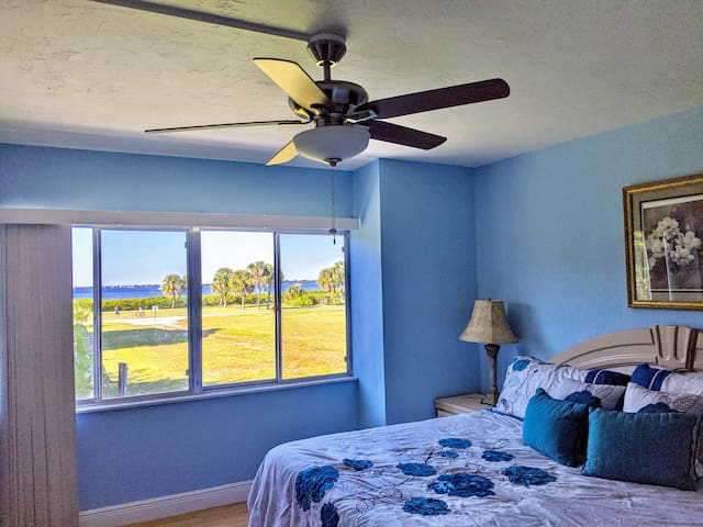 Charlotte Harbor View Condo, Punta Gorda,  Monthly