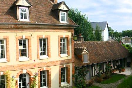 LES AULNES - Demeure XVIII à Bernay - Bernay - Hus