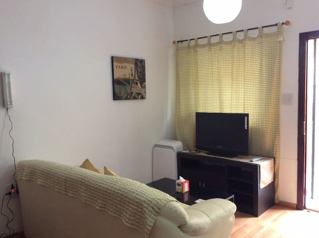 Nice studio in prime area - Pembroke - Apartment