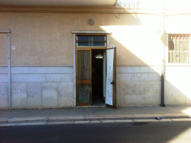 Spaziosa casa vacanza in Andria - Andria - Pis