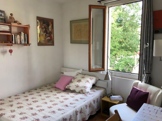 Chambre privée 1 lit 140cm