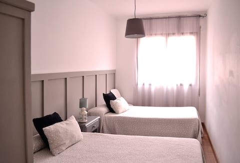 Private room in Ribadeo city center