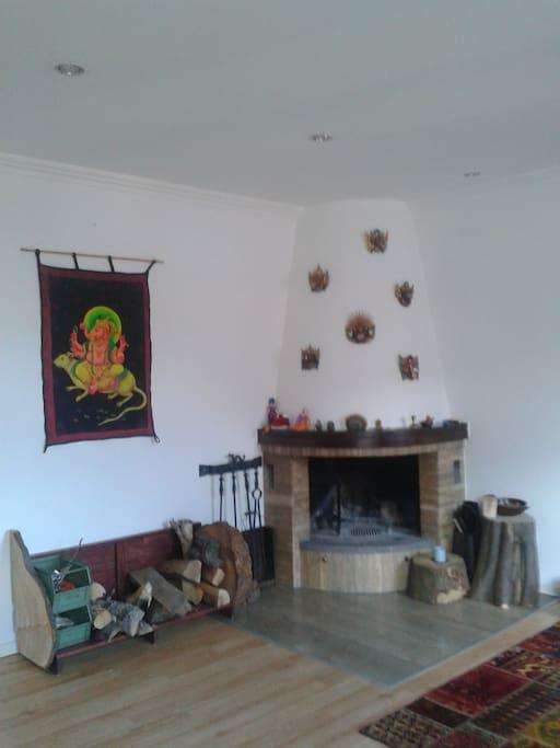 Kamin im Wohnzimmer