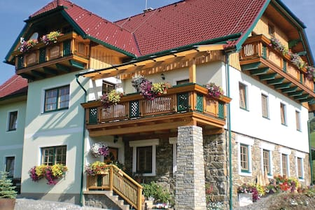 Holiday apartment with 4 bedrooms on 160m² in Pöllau am Greim