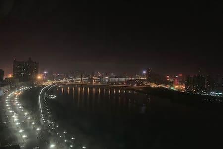 全屋已消毒  临江游园旁 临江美宅  鸟瞰北国江城
